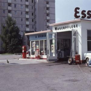 Herbert Wenling, Esso Tankstelle